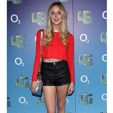 """<p class=""""fb_frame_side_right_paragraph""""><a href=""""http://cosmopolitan.co.uk/fashion/news/diana-vickers-new-collection-for-very"""" target=""""_blank"""">Diana Vickers</a> goes all #URBZ on us at the Plan B live launch of O2's 4G Network. With her battered Nike hi-tops and cropped red sweat sports top, it's like she's turned into Di from Da Block.</p><p class=""""fb_frame_side_right_paragraph""""><a href=""""http://cosmopolitan.co.uk/fashion/celebrity/Diana-_Vickers-_on-_fashion_-and-_style"""" target=""""_blank"""">DIANA VICKERS TALKS FASHION AND STYLE</a></p><p class=""""fb_frame_side_right_paragraph""""><a href=""""http://www.cosmopolitan.co.uk/fashion/shopping/new-in-store-27-august#fbIndex1"""" target=""""_blank"""">SHOP THIS WEEK'S BEST NEW BUYS</a></p><p class=""""fb_frame_side_right_paragraph""""><a href=""""http://www.cosmopolitan.co.uk/fashion/news/"""" target=""""_blank"""">SEE THE LATEST FASHION NEWS</a></p><div style=""""overflow: hidden&#x3B; color: #000000&#x3B; background-color: #ffffff&#x3B; text-align: left&#x3B; text-decoration: none&#x3B;""""> </div>"""