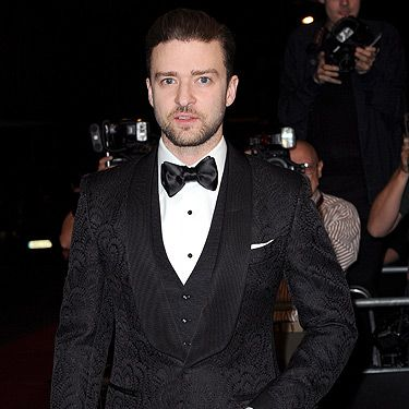 <p>With a song all about rocking a Suit & Tie, Justin Timberlake continues to make us swoon when he's all dressed up for the red carpet.</p>