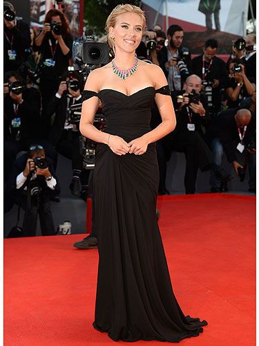 """<p>Scarlett Johansson was back to her va-va-voom best at the Venice Film Festival 2013. She went back to the Hollywood old school in a slinky black Versace dress with a sweetheart neckline, and looked FIERCE.</p> <p><a href=""""http://www.cosmopolitan.co.uk/fashion/Fashion-week/fashion-week-daily-live-streams"""" target=""""_blank"""">WATCH NEW YORK FASHION WEEK LIVE</a></p> <p><a href=""""http://www.cosmopolitan.co.uk/fashion/shopping/new-in-store-2-september#fbIndex1"""" target=""""_blank"""">SHOP THIS WEEK'S BEST NEW BUYS</a></p> <p><a href=""""http://www.cosmopolitan.co.uk/fashion/news/"""" target=""""_blank"""">SEE THE LATEST CELEBRITY STYLE NEWS</a></p> <div style=""""overflow: hidden; color: #000000; background-color: #ffffff; text-align: left; text-decoration: none;""""> </div>"""