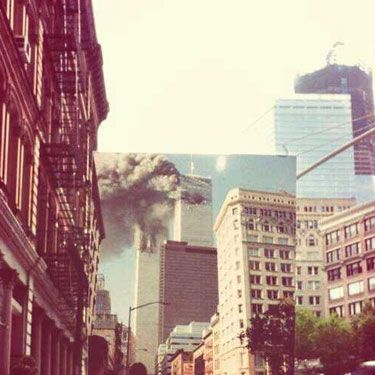 <p>Today marks the twelfth anniversary of the devastating attacks on the Twin Towers in America.</p><p>While many of course choose to remember the deceased, the horror of the day and the gravity of what it meant for America and the rest of the world in their different ways, we've found the following images to serve as particularly poignant reminders of the courage and strength of our friends in the USA that fateful morning.</p><p>Look at them with us, and take a moment to remember.</p>