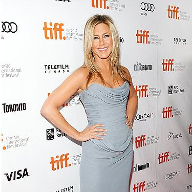 <p>Jennifer Aniston ditched her trademark LBD to promote her new film, Life Of Crime.</p>