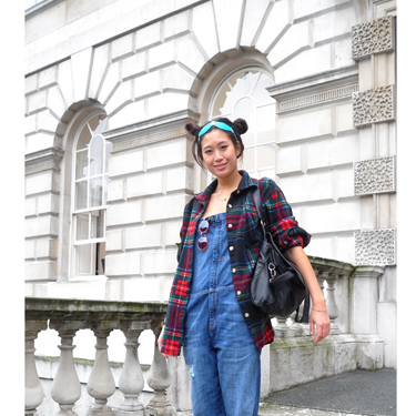 """<p>Fashionista at Somerset House - by <a href=""""http://www.facehunter.org/"""" target=""""_blank"""">Face Hunter</a>.</p><p>Internationally acclaimed fashion photographer and cult blogger, Face Hunter, is working with Timex to capture the story of London Fashion Week in pictures. Check out his photos at www.timexstyleofthetimes.com or to feature in the Style of the Times gallery, tweet them to <a href=""""https://twitter.com/TimexUK"""" target=""""_blank"""">@TimexUK</a> with #timexstyle.<strong><br /></strong></p><p><a href=""""http://www.cosmopolitan.co.uk/fashion/Fashion-week/london-fashion-week-live-stream"""">WATCH: LIVE STREAM LFW SPRING 2014 </a></p><p><a href=""""http://www.cosmopolitan.co.uk/fashion/shopping/cool-street-style-at-london-fashion-week"""">LONDON FASHION WEEK STREET STYLE</a></p><p><a href=""""http://www.cosmopolitan.co.uk/fashion/fashion-week-2013/"""" target=""""_blank"""">GET THE LATEST LONDON FASHION WEEK NEWS</a></p>"""