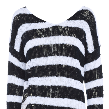 """<p>Super punky stripe jumper featuring slashed detail at the bottom and criss cross back. Yeah!</p><p>Punky stripe jumper, now £25, <a href=""""http://www.meemee.com/punky-stripe-jumper.html"""" target=""""_blank"""">meemee.com</a></p><p><a href=""""http://www.cosmopolitan.co.uk/fashion/fashion-week-2013"""" target=""""_blank"""">SHOP: TEN OF THE BEST TARTAN FINDS</a></p><p><a href=""""http://www.cosmopolitan.co.uk/fashion/fashion-week-2013"""" target=""""_blank"""">SEE: COSMO FASHION DAILY</a></p><p><a href=""""http://www.cosmopolitan.co.uk/fashion/news/"""" target=""""_blank"""">GET THE LATEST FASHION AND STYLE NEWS</a></p>"""
