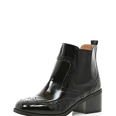 <p>We love the detailing on these patent brogue Chelsea boots from River Island. A slight chunky heel and patent leather make this an update on a classic. Wear with thick black tights, a white shirt and a black pinafore for school-girl cool.</p>