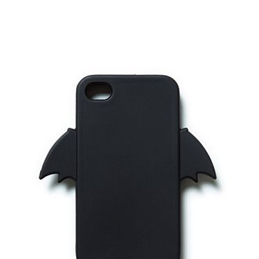 """<p>Dress up your mobile phone with this cute - and oh so witty - bat case.</p><p>Bat mobile phone cover, <span class=""""st"""">£</span>9.99, <a href=""""http://www.zara.com/uk/en/woman/accessories/accessories/bat-mobile-phone-cover-c271008p1535022.html"""" target=""""_blank"""">Zara</a></p><p><a href=""""http://www.cosmopolitan.co.uk/fashion/news/halloween-outfits?click=main_sr"""" target=""""_blank"""">EFFORTLESS HALLOWEEN OUTFITS FROM THE HIGH STREET</a></p><p><a href=""""http://www.cosmopolitan.co.uk/beauty-hair/beauty-tips/halloween-nails-tutorials-how-tos?click=main_sr"""" target=""""_blank"""">HOW TO DO HALLOWEEN NAILS</a></p><p><a href=""""http://www.cosmopolitan.co.uk/fashion/celebrity/celebrity-halloween-costumes?click=main_sr"""" target=""""_blank"""">10 BEST CELEBRITY HALLOWEEN COSTUMES</a></p>"""