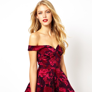 """<p>Why, hel-lo party dress of dreams! This scarlet frock is super sexy (shoulders are SO the new boobs) and will stand out among the LBD clones. But it immediately before it diappears forever.</p><p>Velvet floral Bardot skater dress, £55, <a href=""""http://www.asos.com/ASOS/ASOS-Velvet-Floral-Bardot-Skater-Dress/Prod/pgeproduct.aspx?iid=3301841"""" target=""""_blank"""">asos.com</a></p><p><a href=""""http://www.cosmopolitan.co.uk/fashion/shopping/ten-winter-boots-under-fifty-pounds"""" target=""""_blank"""">TOP TEN WINTER BOOTS FOR UNDER £50</a></p><p><a href=""""http://www.cosmopolitan.co.uk/fashion/shopping/easy-halloween-outfits-2013"""" target=""""_blank"""">HAUTE HALLOWEEN: 13 SPOOKY STYLES FOR UNDER £25</a></p><p><a href=""""http://www.cosmopolitan.co.uk/fashion/shopping/womens-clothing-under-ten-pounds"""" target=""""_blank"""">DAILY FASHION FIX: SHOP BARGAIN BUYS FOR £10 OR LESS</a></p>"""