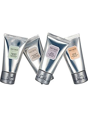 "<p>Who doesn't love a bit of Laura Mercier? Treat someone to the luxurious taste of ultra rich and velvety hydration in Laura's four delicious gourmande fragrances – Almond Coconut Milk, Crème Brulée, Crème de Pistache and Fresh Fig. </p> <p>Laura Mercier Hand Crème sampler, £20, <a href=""http://www.selfridges.com/en/Beauty/Brand-rooms/Brands/LAURA-MERCIER/Body-bath-fragrance/Body/Hand-Creme-Sampler-Collection_304-3001489-12608733/"" target=""_blank"">selfridges.com</a></p>"