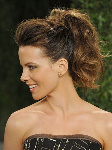 "<p><strong>The inspiration:</strong> Kate Beckinsale</p> <p><strong>The look:</strong> You know how sometimes you put your hair up in a rush and it somehow looks amazing? That's the kinda vibe Kate is channeling here, except rest assured, there is plenty of prep gone into those wavy tresses.</p> <p><strong>Key product:</strong> Building a great foundation for a textured style such as this means prepping hair while it's wet. Scrunch <a href=""http://www.boots.com/en/Umberto-Giannini-Incredible-Body-Mousse-200ml_1234369/"" target=""_blank"">mousse</a> into damp locks and rough dry, or use a diffuser, in order to create that sumptuous wavy texture.</p> <p>Umberto Giannini Incredible Body Mousse, £5.49, <a href=""http://www.boots.com/en/Umberto-Giannini-Incredible-Body-Mousse-200ml_1234369/"" target=""_blank"">boots.com</a></p> <p><a href=""http://www.cosmopolitan.co.uk/beauty-hair/news/styles/celebrity/celebrity-bob-hairstyles"" target=""_blank"">20 CELEBRITY BOB CUTS WE LOVE</a></p> <p><a href=""http://www.cosmopolitan.co.uk/beauty-hair/news/styles/celebrity/face-framing-fringes-hair-trend?click=main_sr"" target=""_blank"">COOL CELEBRITY FRINGES</a></p> <p><a href=""http://www.cosmopolitan.co.uk/beauty-hair/news/styles/celebrity/autumn-hair-trends"" target=""_blank"">NEW CELEB HAIR TRENDS TO TRY NOW</a></p>"