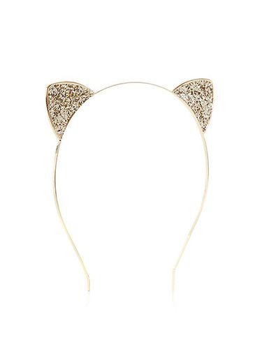 "<p class=""p1"">We're obsessed with these glitter cat ears that are too cute for adjectives. And with cash back from a fiver, they're a major bargain too.</p> <p class=""p1"">Gold Glitter Cat Ears Alice Band, £3.99, <a href=""http://www.newlook.com/shop/womens/jewellery-and-hair-accessories/gold-glitter-cat-ears-alice-band_294788693%20%20"" target=""_blank"">newlook.com</a></p> <p class=""p1""><a href=""http://www.cosmopolitan.co.uk/fashion/shopping/cheap-christmas-party-dresses"" target=""_blank"">PARTY DRESSES FOR £25 OR LESS</a></p> <p class=""p1""><a href=""http://www.cosmopolitan.co.uk/fashion/shopping/christmas-party-accessories-jewellery-bags"" target=""_blank"">PARTY JEWELLERY TO COVET</a></p> <p class=""p1""><a href=""http://www.cosmopolitan.co.uk/fashion/shopping/christmas-party-high-heel-shoes"" target=""_blank"">THE BEST PARTY HIGH HEELS</a></p>"