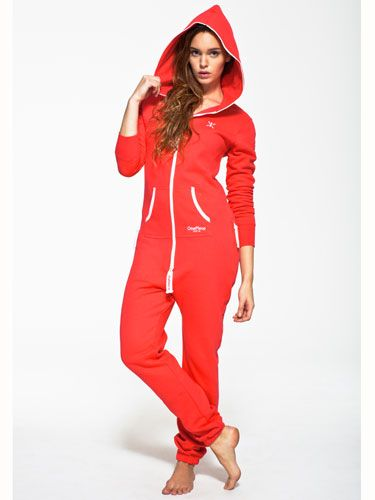 """<p>The <a href=""""http://www.onepiece.co.uk/en-gb/"""" target=""""_blank"""">OnePiece Original Fitted Red Onesie</a> with a classic slim fit design looks great on both men and women. This unisex onesie jumpsuit is the ultimate in chill out wear and has a stretchy material, super soft cotton and zip through front. Jump In.</p>"""