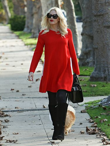 "<p>Oh to spend our autumn days strolling around L.A. in shades and a jumper dress like Gwen Stefani, instead of scuttling around like Gollum in a coat the size of a double duvet.</p> <p><a href=""http://www.cosmopolitan.co.uk/fashion/celebrity/little-mix-red-carpet-style-hacc"" target=""_blank"">LITTLE MIX GIVE US WARDROBE ENVY</a></p> <p><a href=""http://www.cosmopolitan.co.uk/fashion/celebrity/how-to-wear-sheer-dress"" target=""_blank"">CELEBS IN SHEER DRESSES</a></p> <p><a href=""http://www.cosmopolitan.co.uk/fashion/celebrity/x-factor-outfits-2013"" target=""_blank"">ALL THE X FACTOR OUTFITS</a></p>"