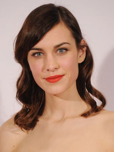 """<p>Alexa experimented with the masculine tress trend (read; preppy low side parting and flat roots), livened up with some orangy-red lipstick. We could get used to this.</p> <p><a href=""""http://www.cosmopolitan.co.uk/beauty-hair/news/styles/celebrity/cosmo-hairstyle-of-the-day"""" target=""""_self"""">COSMO'S CELEB HAIRSTYLE OF THE DAY</a></p> <p><a href=""""http://www.cosmopolitan.co.uk/beauty-hair/news/styles/celebrity/how-to-do-kelly-brook-blow-dry"""" target=""""_blank"""">GET KELLY BROOK'S PARTY BLOW-DRY</a></p> <p><a href=""""http://www.cosmopolitan.co.uk/beauty-hair/news/styles/celebrity/jennifer-lawrence-best-hair-moments?page=1"""" target=""""_blank"""">JENNIFER LAWRENCE'S 9 PIXIE CROP STYLES</a></p>"""