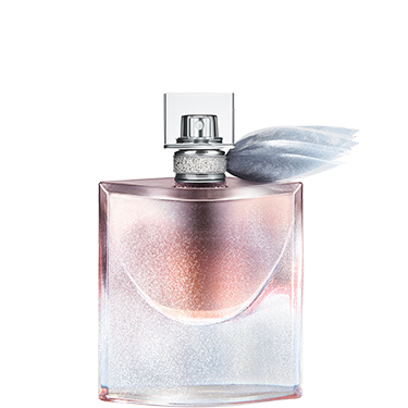 """<p class=""""p1""""><strong>I say:</strong> """"I'm a fan of deep, musky scents so this fragrance does it for me. There's also a sweetness, that smells like vanilla, which stops it from being too 'old lady'. It has real staying power throughout the day, too.</p><p class=""""p1""""><strong>My guy friend said:</strong> """"Really nice! Makes me want to sniff you. It's very sexy indeed.""""</p><p class=""""p1""""><strong>My girl friend said:</strong> """"I got stopped by a (female) stranger on the bus who wanted to know what perfume I was wearing because she loved it and said it smelt """"Eastern"""" and """"exotic.""""</p><p class=""""p1"""">Lancôme Christmas Limited Edition La vie est belle<em> </em>eau de parfum, £66, <a href=""""http://www.debenhams.com/webapp/wcs/stores/servlet/prod_10701_10001_123235001799_-1"""" target=""""_blank"""">debenhams.com</a></p><p class=""""p1""""><a href=""""http://www.cosmopolitan.co.uk/beauty-hair/news/trends/beauty-products/august-beauty-lab-buys"""" target=""""_blank"""">BEAUTY BUY OF THE DAY</a></p><p class=""""p1""""><a href=""""http://www.cosmopolitan.co.uk/beauty-hair/news/trends/celebrity-beauty/celebrity-party-make-up-ideas"""" target=""""_blank"""">PARTY MAKE-UP INSPIRATION</a></p><p class=""""p1""""><a href=""""http://www.cosmopolitan.co.uk/beauty-hair/news/trends/celebrity-beauty/celebrity-party-make-up-ideas"""" target=""""_blank"""">FEARNE COTTON'S BOB IS BACK</a></p>"""