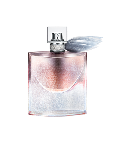 """<p class=""""p1""""><strong>I say:</strong> """"I'm a fan of deep, musky scents so this fragrance does it for me. There's also a sweetness, that smells like vanilla, which stops it from being too 'old lady'. It has real staying power throughout the day, too.</p> <p class=""""p1""""><strong>My guy friend said:</strong> """"Really nice! Makes me want to sniff you. It's very sexy indeed.""""</p> <p class=""""p1""""><strong>My girl friend said:</strong> """"I got stopped by a (female) stranger on the bus who wanted to know what perfume I was wearing because she loved it and said it smelt """"Eastern"""" and """"exotic.""""</p> <p class=""""p1"""">Lancôme Christmas Limited Edition La vie est belle<em> </em>eau de parfum, £66, <a href=""""http://www.debenhams.com/webapp/wcs/stores/servlet/prod_10701_10001_123235001799_-1"""" target=""""_blank"""">debenhams.com</a></p> <p class=""""p1""""><a href=""""http://www.cosmopolitan.co.uk/beauty-hair/news/trends/beauty-products/august-beauty-lab-buys"""" target=""""_blank"""">BEAUTY BUY OF THE DAY</a></p> <p class=""""p1""""><a href=""""http://www.cosmopolitan.co.uk/beauty-hair/news/trends/celebrity-beauty/celebrity-party-make-up-ideas"""" target=""""_blank"""">PARTY MAKE-UP INSPIRATION</a></p> <p class=""""p1""""><a href=""""http://www.cosmopolitan.co.uk/beauty-hair/news/trends/celebrity-beauty/celebrity-party-make-up-ideas"""" target=""""_blank"""">FEARNE COTTON'S BOB IS BACK</a></p>"""