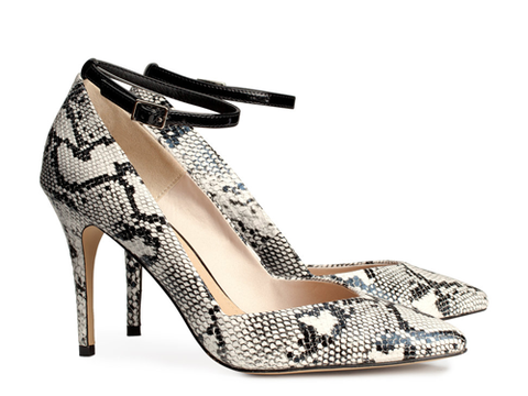 "<p>Ermagawd, these shoes look like they should cost a trillion pounds but are an absolute STEAL - the perfect finishing touch for your LBDs this party season.</p> <p>Snakeskin court shoes, £24.99, <a href=""http://www.hm.com/gb/product/18468?article=18468-B"" target=""_blank"">hm.com</a></p> <p><a href=""http://www.cosmopolitan.co.uk/fashion/shopping/christmas-party-dress-2013-alternatives"" target=""_blank"">Shop partywear looks beyond the LBD</a></p> <p><a href=""http://www.cosmopolitan.co.uk/fashion/shopping/sequin-dress-black-gold"" target=""_blank"">8 ways to wear sequins</a></p> <p><a href=""http://www.cosmopolitan.co.uk/fashion/news/"" target=""_blank"">Get the latest fashion news</a></p>"