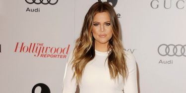 """<p>Khloe Kardashian looked kapow at the event, wearing all-white and accessorising with a studded gold clutch and NO wedding ring. Interesting...</p> <p><a href=""""http://www.cosmopolitan.co.uk/fashion/celebrity/chanel-fashion-show-dallas-texas"""" target=""""_blank"""">CHANEL DOES DALLAS: SEE THE CELEB PICS</a></p> <p><a href=""""http://www.cosmopolitan.co.uk/fashion/celebrity/victorias-secret-show-2013-taylor-swift"""" target=""""_blank"""">10 WAYS TAYLOR SWIFT TOTALLY OWNED THE VS SHOW</a></p> <p><a href=""""http://www.cosmopolitan.co.uk/fashion/news/"""" target=""""_blank"""">GET THE LATEST FASHION AND STYLE NEWS</a></p>"""