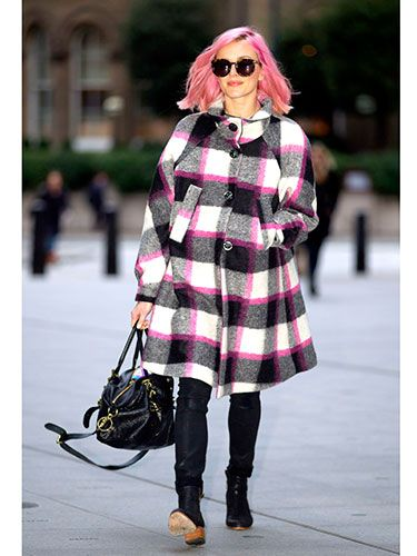 "<p>Fearne Cotton shows that you don't have to give up your colourful side to dress for winter in this vibrant pink and monochrome coat. Nice matching hair!</p> <p><a href=""http://www.cosmopolitan.co.uk/fashion/shopping/primark-summer-fashion-trends-2014"" target=""_blank"">PRIMARK'S SPRING FASHION COLLECTION</a></p> <p><a href=""http://www.cosmopolitan.co.uk/fashion/love/love-it-or-loathe-it-daisy-lowe-winter-floral-dress"" target=""_blank"">LOVE IT OR LOATHE IT: DAISY LOWE</a></p> <p><a href=""http://www.cosmopolitan.co.uk/fashion/shopping/womens-clothing-under-ten-pounds"" target=""_blank"">DAILY FASHION FIX: UNDER A TENNER</a></p>"