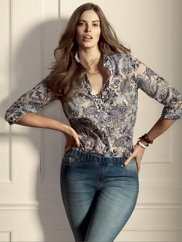 "<p>Spanish brand Mango probably though it was doing a good thing by bringing out a plus-size fashion range. But with sizes in their new collection Violeta ranging from sizes 12 to 24, they're basically saying that anything over a size 10 is 'large.'<em><br /></em></p> <p>This has angered shoppers both in Spain and the UK for giving women mixed messages on body image.</p> <p>In Spain they're even calling for the line's withdrawal - the campaign has over 60,000 signatures.</p> <p>Sizing issues aside, what do you think of Mango's new plus-size collection?</p> <p><strong>CLICK THROUGH FOR MORE PICS >></strong></p> <p>Paisley print blouse, £44.99, <a href=""http://shop.mango.com/GB/p0/violeta/clothing/paisley-print-blouse/?id=21070115_ZU&n=1&s=prendas_violeta.tops&ident=0__1_0_1389891965628&ts=1389891965628"" target=""_blank"">mango.com</a></p> <p><a href=""http://cosmopolitan.co.uk/fashion/news/mango-plus-size-fashion-line?click=main_sr"">Mango set to launch plus size line</a></p> <p><a href=""http://cosmopolitan.co.uk/fashion/news/daria-werbowy-new-face-mango?click=main_sr"">Daria Werbowy replaces Miranda Kerr as Mango's new face</a></p> <p><a href=""http://www.cosmopolitan.co.uk/fashion/news/"" target=""_blank"">Get the latest fashion goss</a></p>"