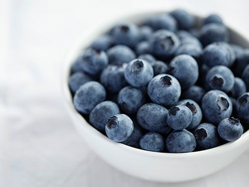 "<p><strong>Natasha says:</strong> ""The anti-oxidants in blueberries help with premature ageing of the skin"". They fight free radicals which attack your skin.</p><p><strong>Try eating:</strong> Organic blueberries. According to the Environmental Working Group, blueberries fall under foods that store pesticides more than others so eating organic will maximise their value.</p><p><a href=""http://www.cosmopolitan.co.uk/diet-fitness/diets/10-best-weight-loss-tips"" target=""_blank"">GOLDEN WEIGHT LOSS RULES</a></p><p><a href=""http://www.cosmopolitan.co.uk/diet-fitness/diets/health-benefits-of-protein"" target=""_blank"">WHY YOU SHOULD EAT MORE PROTEIN</a></p><p><a href=""http://www.cosmopolitan.co.uk/diet-fitness/diets/easy-ways-to-reduce-your-sugar-intake"" target=""_blank"">SAY GOODBYE TO SUGAR</a></p>"