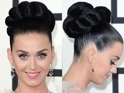 <p>Katy's twisted mega bun was the talk of tinseltown given that it was basically the size of her head. The glass shine and impeccable symmetry also made it a masterpiece. She rightly kept her makeup simple with the focus on fluttery lashes.</p>