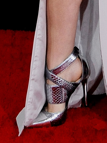 "<p>The Pitch Perfect actress basically leg-bombed in her Azarro gown at every opportunity to show of these KILLER shoes. And we thank her for it.</p> <p><a href=""http://www.cosmopolitan.co.uk/celebs/entertainment/grammys-2014-watch-live-red-carpet-coverage"" target=""_blank"">SEE THE GRAMMYS 2014 RED CARPET DRESSES</a></p> <p><a href=""http://www.cosmopolitan.co.uk/fashion/news/golden-globes-red-carpet-dresses?click=main_sr"" target=""_blank"">ALL THE DRESSES AT THE 2014 GOLDEN GLOBES</a></p> <p><a href=""http://www.cosmopolitan.co.uk/fashion/news/golden-globes-2014-fashion-trends?click=main_sr"" target=""_blank"">5 HOT FASHION TRENDS ON THE GOLDEN GLOBES RED CARPET 2014</a></p>"