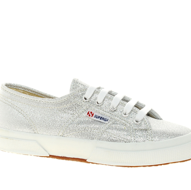<p>Superga are super cool, right? And these pimped-up plimmies are no exception. Shine on.</p>