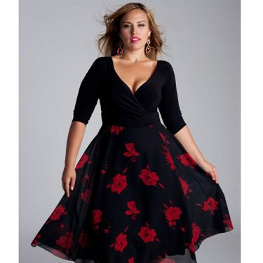 <p>This delightful dress is fancy, flouncy and flirty, all in one. The wrap bodice is super flattering&#x3B; the sleeves cover the upper arms and the full skirt is perfect for dancing in (read: spinning around like a princess).</p>