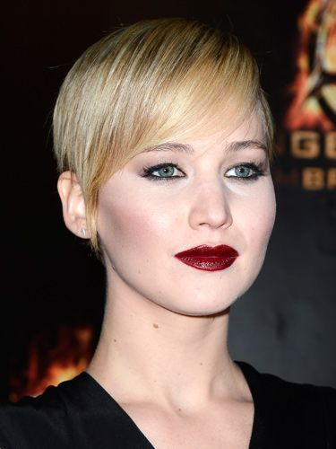 "<p>Vampy lipstick is one of this season's biggest beauty trends. Jennifer Lawrence demos how to do it with aplomb&#x3B; paired with porcelain skin and sleek hair. Try MAC's Mineralize Rich Lipstick in All Out Gorgeous (£20, <a href=""http://www.maccosmetics.co.uk/product/shaded/168/24937/Products/Lips/Lipstick/Mineralize-Rich-Lipstick/index.tmpl"" target=""_blank"">maccosmetics.co.uk</a>) to get the look.</p>