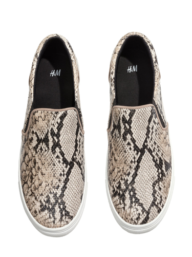 """<p>It's been a long time coming but boyish skate shoes are having a moment and we heart this affordable pair from H&M. Wear with leather skinnies and a longline knit for off-duty cool.</p> <p>Snakeskin skate shoes, £19.99, <a href=""""http://www.hm.com/gb/product/17697?article=17697-D"""" target=""""_blank"""">hm.com</a></p> <p><a href=""""http://www.cosmopolitan.co.uk/fashion/shopping/spring-fashion-trends-2014?page=1"""" target=""""_blank"""">7 BIG FASHION TRENDS FOR SPRING 2014</a></p> <p><a href=""""http://www.cosmopolitan.co.uk/fashion/shopping/sexy-bras-big-breasts"""" target=""""_blank"""">5 SEXY BRAS FOR BIG BOOBS</a></p> <p><a href=""""http://www.cosmopolitan.co.uk/fashion/news/Topshop-Unique-autumn-winter-2014-London-Fashion-Week"""" target=""""_blank"""">TOPSHOP UNIQUE'S BEST BITS FOR AW14</a></p>"""
