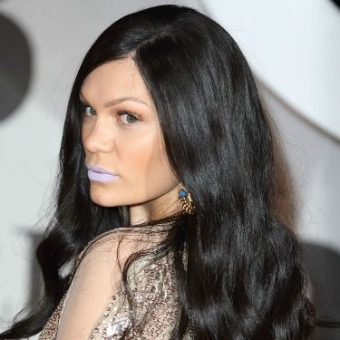 <p>So Jessie J teamed her new long wig with icy lilac lipstick. If this isn't a sign that the 90s are here to stay we don't know what is. Props on the pretty waves though.</p>