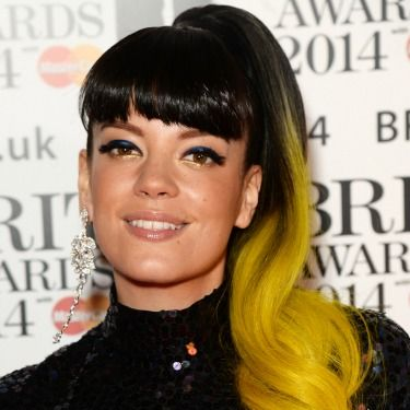 <p>Ensuring all eyes were on her, Lily showcased a beaming yellow ponytail and went for heavy black eyeliner to mirror her shiny bangs.</p>