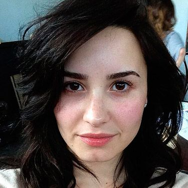 <p>Doesn't Demi Lovato look stunning? Her eyebrows are enough to give Cara Delevingne a run for her money. Our Cosmo On Campus cover star tweeted this picture with the caption 'Ladies, be brave today… take off your make-up and stop using those filters!! WE are beautiful!!!!'.  The singer's fans started tweeting their own pictures sans makeup and Demi applauded their natural beauty with retweets.</p>