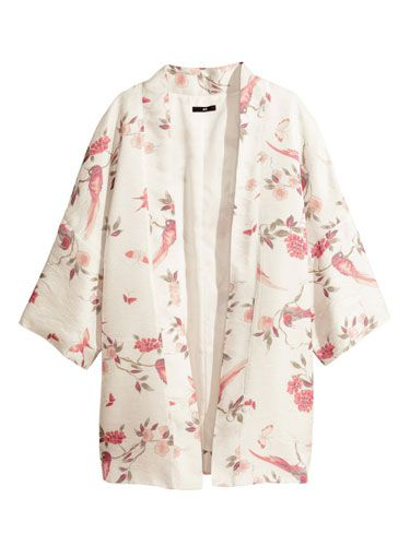 <p>We're loving the breezy boho vibes on this printed kimono, and are pretty sure it will be one of our mainstays come festival season. Just add denim cut-offs, cowboy boots and ALL the jewellery.</p>