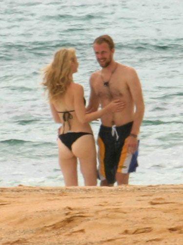 bikini gwyneth hawaii paltrow