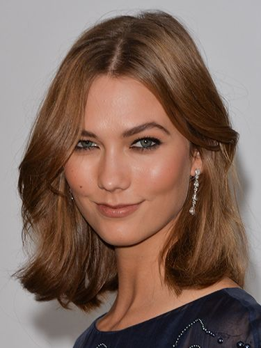 "<p>Karlie was typically picture-perfect at the amfAR Gala, with heavy kohl liner and the perfect nude lip. With her iconic fudge hued bob, there was no need for a fancy style.</p> <p><a href=""http://www.cosmopolitan.co.uk/beauty-hair/news/styles/celebrity/cannes-choppard-party-wedding-hair-ideas"" target=""_blank"">INSANELY GOOD WEDDING HAIR INSPO AT CANNES</a></p> <p><a href=""http://www.cosmopolitan.co.uk/beauty-hair/news/trends/celebrity-beauty/millie-mackintosh-tv-baftas-hair-makeup"" target=""_self"">THE HOTTEST HAIRSTYLES AT THE BAFTAS</a></p> <p><a href=""http://www.cosmopolitan.co.uk/beauty-hair/news/styles/celebrity/ellie-goulding-hair-cut-long-bob"" target=""_blank"">ELLIE GOULDING'S COOL NEW LONG BOB</a></p>"