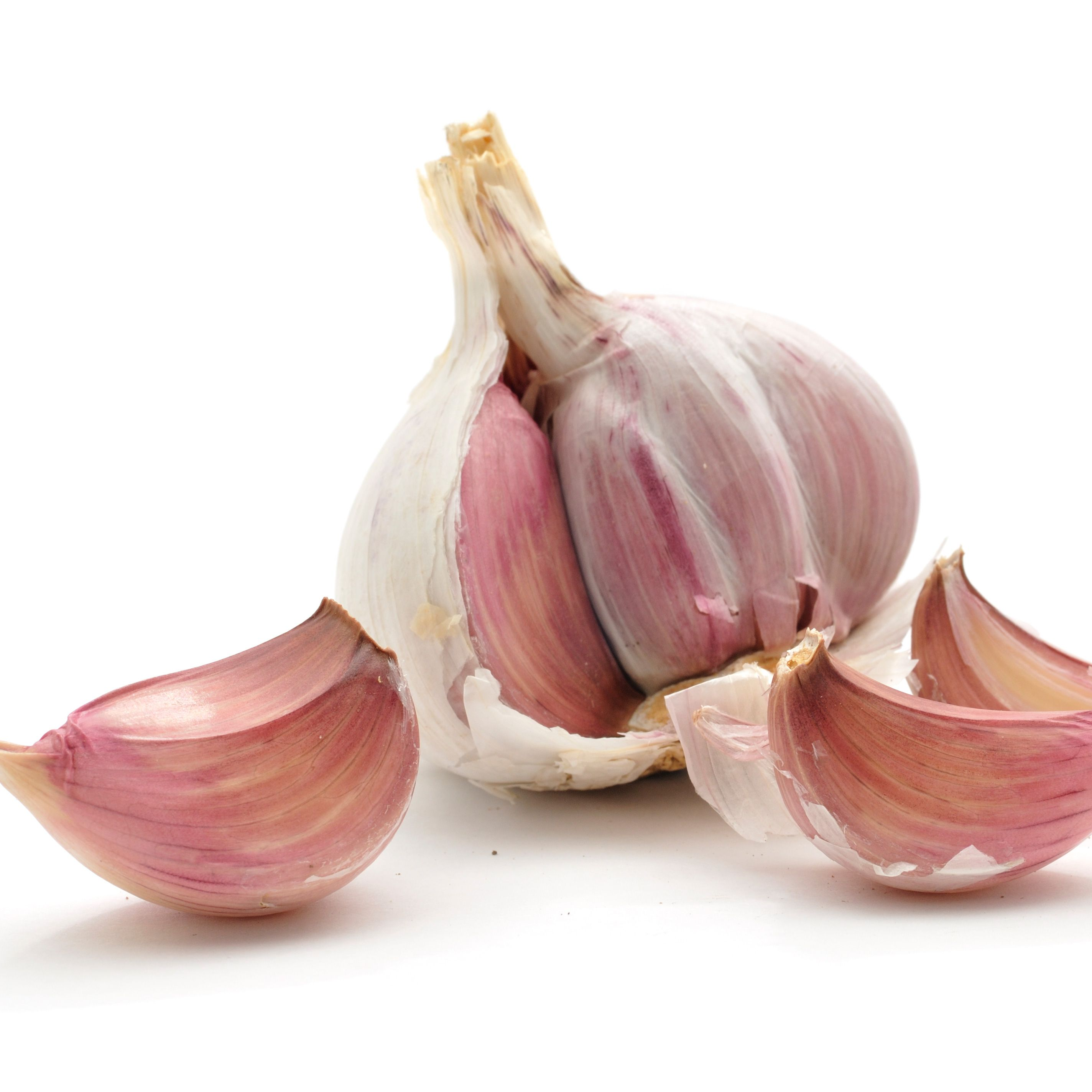 <p><strong>Why should I eat it?</strong> Hormones have a lot to answer for – not least a switch in mood – but when they're balanced, the body is calm and working at its best. Garlic does just that and it really shows in hair and skin, helping it look plumper, clearer and feel much firmer, too.</p><p><strong>The science bit:</strong> As well as balancing hormones, which in turn calms out-of-whack skin, garlic is helps strengthen fibroblasts – the cells that maintain your skin's structure. These fibroblasts live longer and reproduce more healthily, which means much better quality of skin as it gains a plumped-up feel.</p><p><strong>Serve it up:</strong> It's easy to add garlic to food in almost any dish, but what's trickier is ditching bad breath when you've munched the pungent food. Chase it with a glass of milk and chew on some sprigs of mint, and then you can eat all the garlic you'd like without scaring RPattz off.</p>