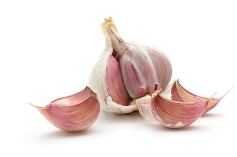 <p><strong>Why should I eat it?</strong> Hormones have a lot to answer for – not least a switch in mood – but when they're balanced, the body is calm and working at its best. Garlic does just that and it really shows in hair and skin, helping it look plumper, clearer and feel much firmer, too.</p> <p><strong>The science bit:</strong> As well as balancing hormones, which in turn calms out-of-whack skin, garlic is helps strengthen fibroblasts – the cells that maintain your skin's structure. These fibroblasts live longer and reproduce more healthily, which means much better quality of skin as it gains a plumped-up feel.</p> <p><strong>Serve it up:</strong> It's easy to add garlic to food in almost any dish, but what's trickier is ditching bad breath when you've munched the pungent food. Chase it with a glass of milk and chew on some sprigs of mint, and then you can eat all the garlic you'd like without scaring RPattz off.</p>