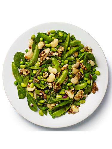 "<p><strong>BASE:</strong> Spinach<br /><br /><strong>CARB</strong>: Butter beans<br /><br /><strong>VEG/FRUIT:</strong> Mangetout, red onion, fresh peas<br /><br /><strong>PROTEIN:</strong> Edamame<br /><br /><strong>DRESSING:</strong> Soy<br /><br /><strong>EXTRAS:</strong> Toasted walnuts</p> <p><a href=""http://www.cosmopolitan.co.uk/diet-fitness/diets/stop-unhealthy-office-snacking"" target=""_blank"">STOP UNHEALTHY OFFICE SNACKING</a></p> <p><a href=""http://www.cosmopolitan.co.uk/diet-fitness/diets/how-to-eat-healthy"" target=""_blank"">7 STEPS TO A HEALTHIER DIET</a></p> <p><a href=""http://www.cosmopolitan.co.uk/diet-fitness/diets/eat-healthy-on-a-budget-recipes"" target=""_blank"">EAT HEALTHY ALL WEEK FOR £15</a></p>"