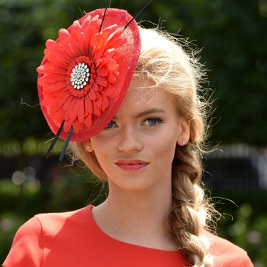 """<p>Flowers are huge in every possible way at the Royal Ascot. So is going matchy-matchy, and this lady has nailed it with her lipstick and dress. Love.</p><p><a href=""""http://www.cosmopolitan.co.uk/fashion/news/floppy-hat-trend?click=main_sr"""" target=""""_blank"""">THE RETURN OF THE HAT - THE MOST ON TREND STYLES</a></p><p><a href=""""http://www.cosmopolitan.co.uk/fashion/news/milliner-stephen-jones-on-new-debenhams-collection-and-hat-wearing-etiquette?click=main_sr"""" target=""""_blank"""">MILLINER STEPHEN JONES ON HAT-WEARING ETIQUETTE</a></p><p><a href=""""http://www.cosmopolitan.co.uk/fashion/shopping/isle-of-wight-festival-what%27s-in-your-bag"""" target=""""_blank"""">WHAT'S IN YOUR FESTIVAL BAG?</a></p>"""