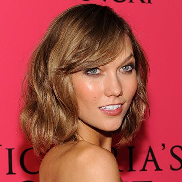 """<p>Into The Gloss got the lowdown on how Karlie does no-makeup makeup SO well. """"I like Laura Mercier Tinted Moisturizer in Bisque. I like using tinted moisturiser because it doesn't clog pores. It combines a great moisturiser with that velvety 'veil' you want that doesn't look too cakey or too covered-up. And then I use a bit of RMS Un Cover-Up in 22.""""</p><p><a href=""""http://www.cosmopolitan.co.uk/beauty-hair/beauty-tips/karlie-kloss-lessons-beauty-secrets"""" target=""""_self"""">SEE MORE OF KARLIE'S MODEL BEAUTY SECRETS</a></p><p><a href=""""http://www.cosmopolitan.co.uk/beauty-hair/news/trends/celebrity-beauty/inspiring-celebrity-beauty-quotes"""" target=""""_self"""">7 INSPIRING CELEB BEAUTY REVELATIONS</a></p><p><a href=""""http://www.cosmopolitan.co.uk/beauty-hair/news/trends/celebrity-beauty/blake-lively-3-lessons-sexy-hair"""" target=""""_self"""">BLAKE LIVELY'S SEXY HAIR TIPS AND TRICKS</a></p><p> </p>"""
