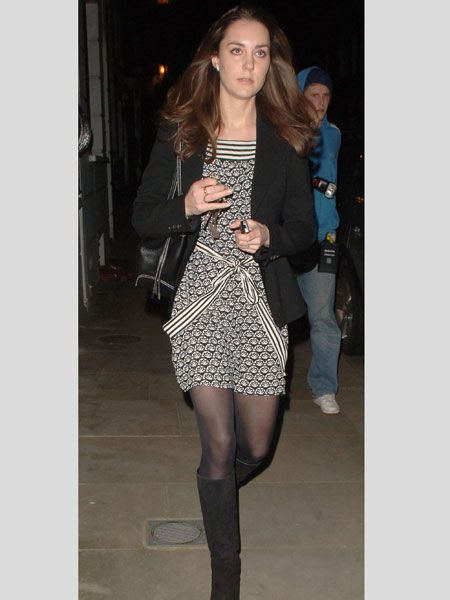 Kate was papped returning home from work in Chelsea in January 2007. As an accessories buyer for Jigsaw bride-to-be Kate was wearing a monocrome shift dress and jacket combo teamed with suede boots. Smart yet stylish  <br />