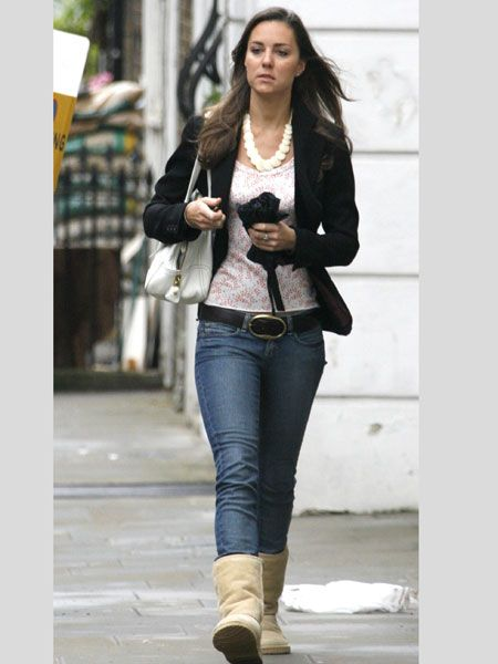 Even future Queens have their dress for comfort days and Kate teamed her failsafe jeans and jacket combo with some beige Uggs in May 2007  <br />