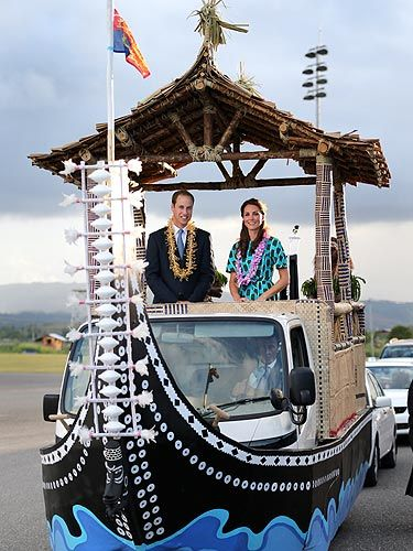 <p>Kate Middleton and her hubby Prince William, know how to travel in style. The pair boarded a special boat vehicle as they arrived at Honiara International Airport during their Diamond Jubilee tour of the Far East. And just look at her, in her gorgeous Jonathan Saunders Evelyn cotton dress and those LK Bennett heels she adores. Oh and P.S, this might be our fave pic of the loved-up couple EVER! </p>
