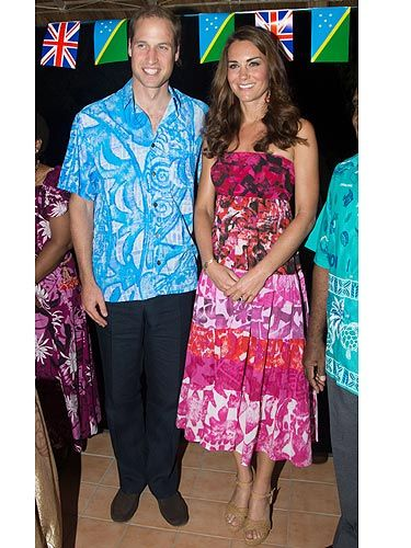 <p>Kate Middleton headed out on her Singapore travels AGAIN - blimey, we can only imagine her luggage allowance on this trip! The loved-up pair attended a reception and dinner hosted by the Governor General at his residence - ooh err, what would one wear to an event like that, eh? KMiddy went for a dress purchased locally on her travels, and doesn't she look totally tropical?<br /><br /></p>