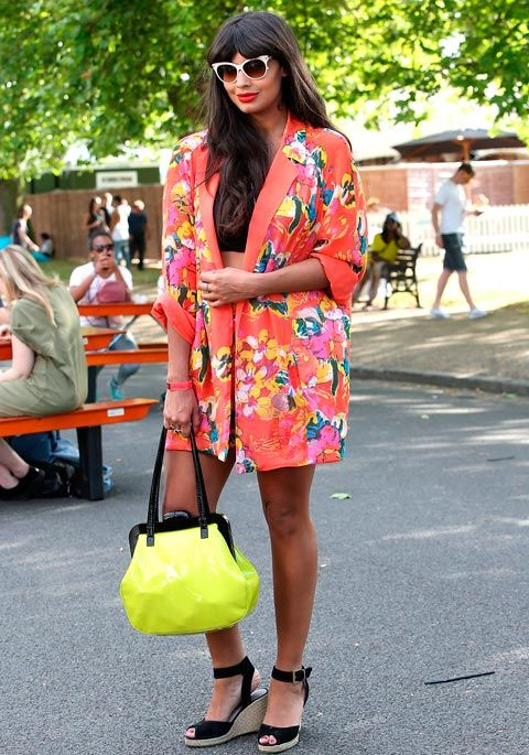 <p>Where do we start? Colourful floral jacket? Want. Cat-eye sunnies? Need. Flourescent yellow bag? LOVE.</p>