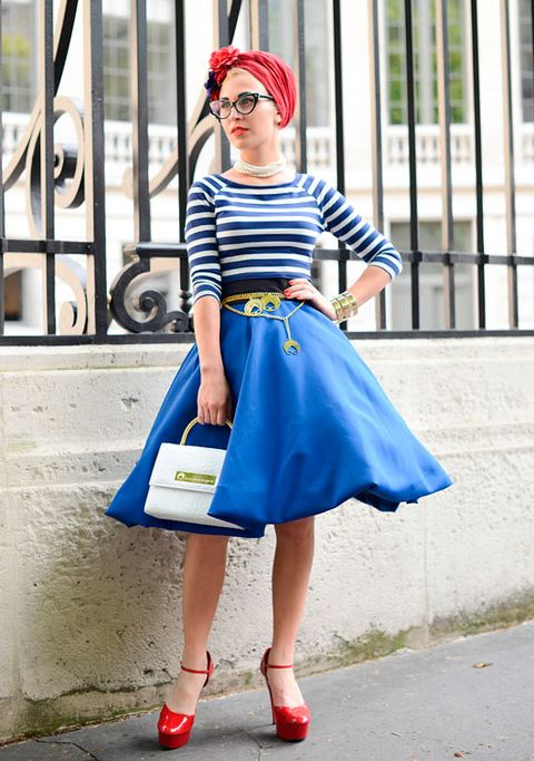 """<p><strong>Who:</strong> Eva Ana Kazic, fashion blogger</p> <p><strong>Wearing:</strong> B. Polanec skirt and All Around Eve bag and jewellery</p> <p><a href=""""http://www.cosmopolitan.co.uk/fashion/news/paris-fashion-week-celebrities"""" target=""""_blank"""">CELEBRITY FRONT ROW FASHION FROM PARIS</a></p> <p><a href=""""http://www.cosmopolitan.co.uk/fashion/news/paris-fashion-week-celebrities-chanel"""" target=""""_blank"""">K-STEW OWNS THE CHANEL FROW</a></p> <p><a href=""""http://www.cosmopolitan.co.uk/fashion/news/paris-fashion-week-versace"""" target=""""_blank"""">J.LO STUNS AT STAR-STUDDED VERSACE</a></p>"""