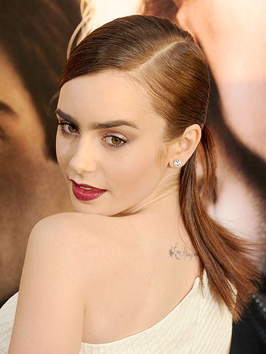 5a8f7cb3a9916 <p>Lily Collins kept things small and meaningful with her tattoo. Speaking  to
