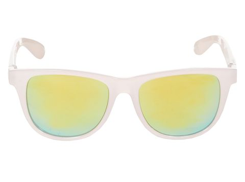 "<p><a href=""http://www.newlook.com/shop/womens/accessories/light-pink-mirrored-lens-retro-sunglasses_301367971"" target=""_blank"">Mirrored lens retro sunglasses, £4.99, New Look</a></p>"