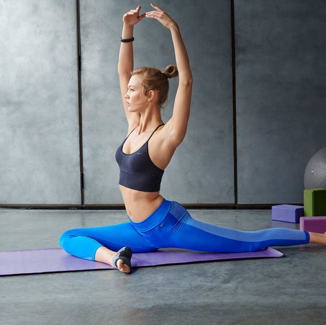 <p>Victoria's Secret model Karlie Kloss joining forces with Nike? Yep, it really is a match made in fitness heaven.</p><p>The gorgeous model fronts Nike's AW14 campaign doing her best to sell the brand new Pro Bra and Women's collections to us through some stretching and exercise poses.</p><p>I don't know about you, but we think she's doing a pretty good job...</p><p><em><strong>Click through the gallery to see more pictures of the collection...</strong></em></p>