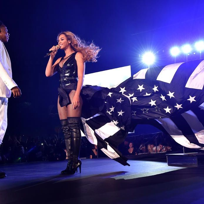 <p>Who did Beyoncé choose to create her showstopping, patriotic finale ensemble? Ricardo Tisci at Givenchy obviously. </p>